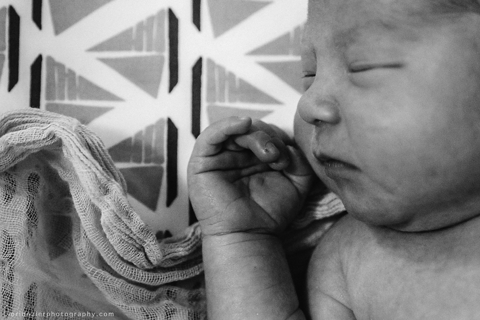 o_family_lifestyle_newborn_016